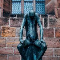 Nürnberg St. Klarakirche Skulptur